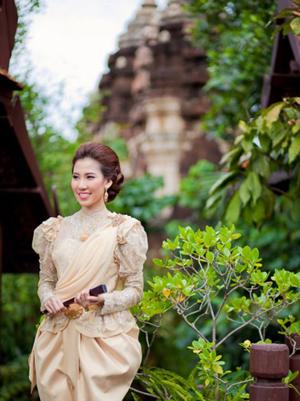 ชุดแต่งงานแบบไทย มาแล้วจ้า...