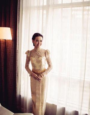 ชุดแต่งงานไทย แขนยาว สวยแบบไทย ๆ