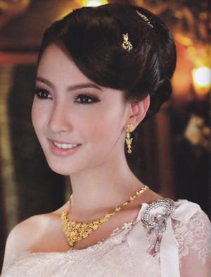 ทรงผมชุดไทย สวยงามมากๆค่ะ